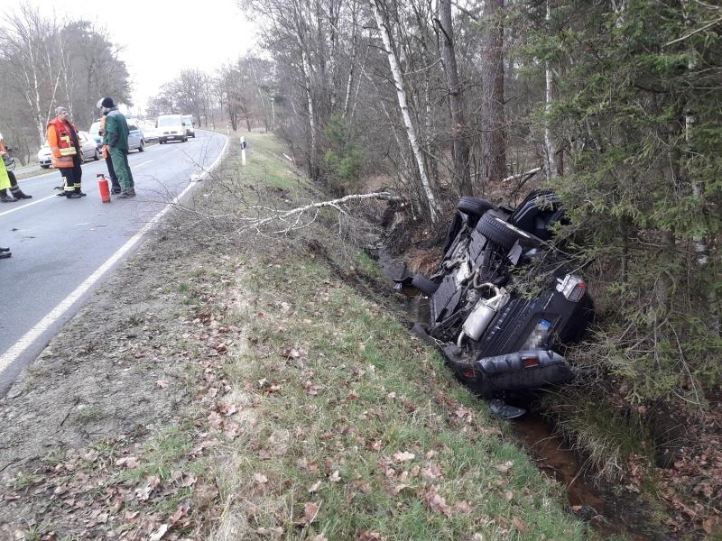 2020_02_06_Verkehrsunfall-Wesel-Schierhorn-Bild-1